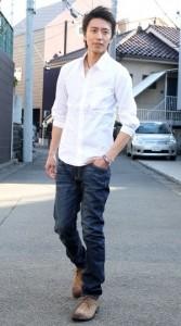 脱オタクファッションのジーンズアイテム