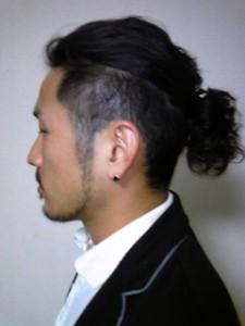 モテるメンズ髪型のワイルドヘアーなオジさん